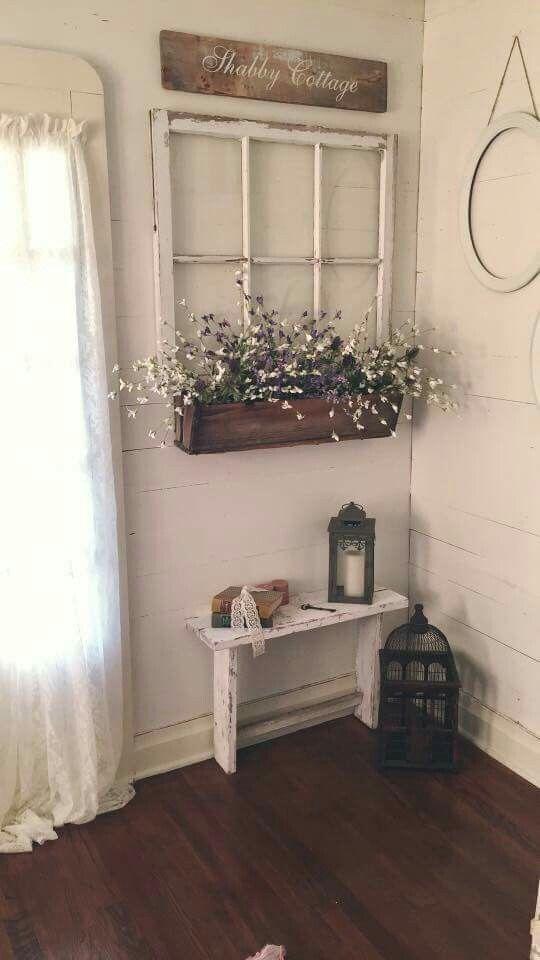 Blumenkasten unterm Fenster #decorationentrance