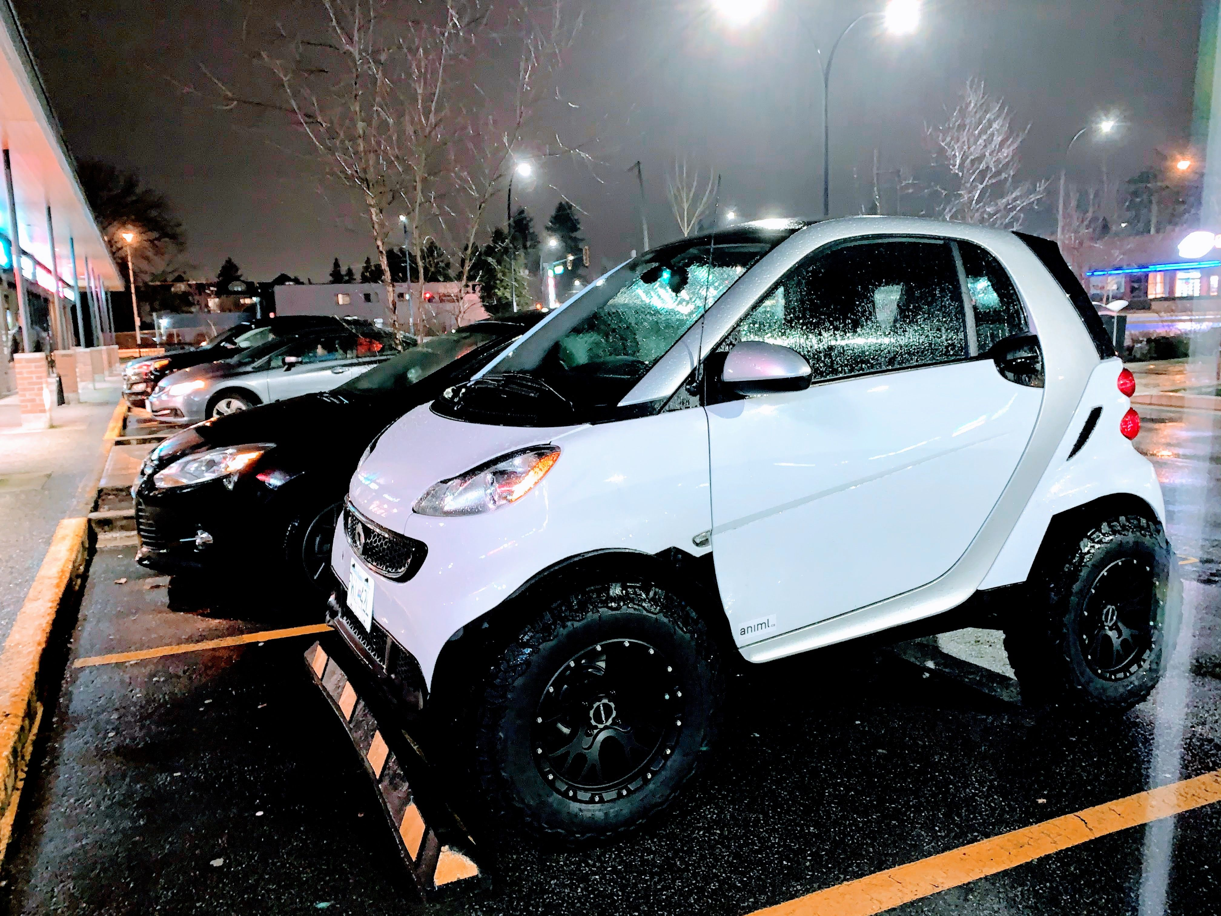 Heavily Modified Lifted Smart Car With Ko2 Tires 2 Inch Lift And Adapters In 2020 Smart Car Smart Smart Fortwo