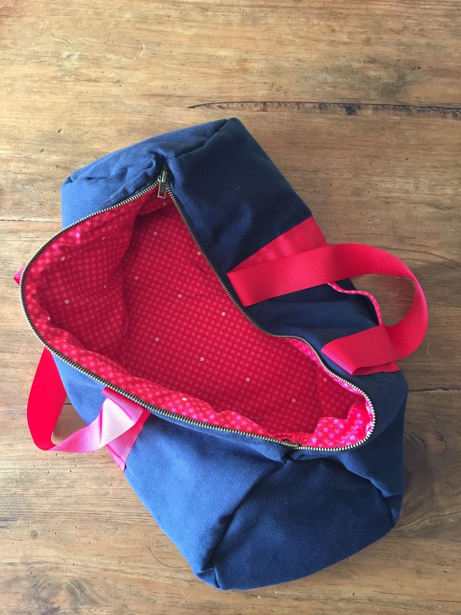 sac polochon cousettes et cie pinterest sac polochon couture sac et sac. Black Bedroom Furniture Sets. Home Design Ideas