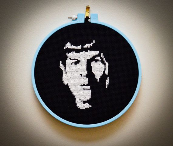 Spock cross stitch -- yeah, I'm using this pattern for my jack-o-lantern this year.