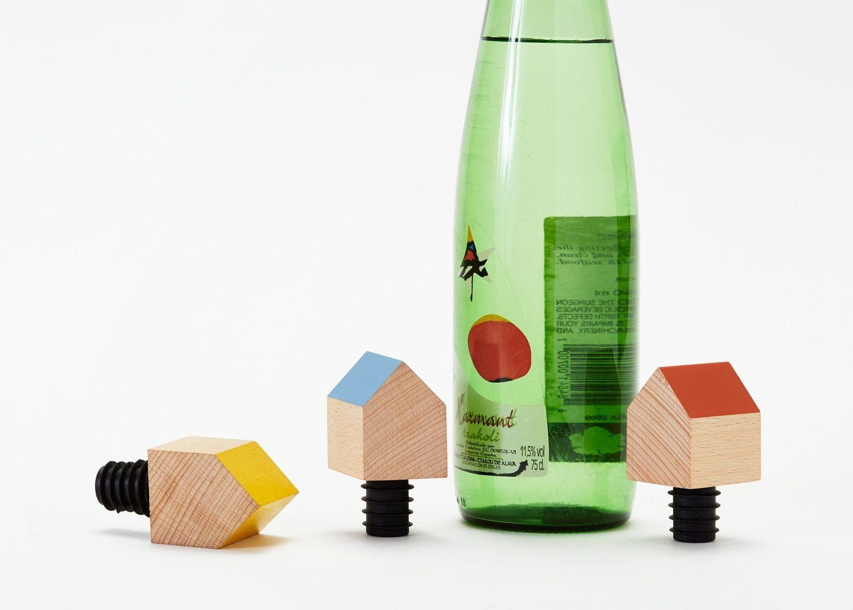 11 summer hostess gifts under 30 that arent booze