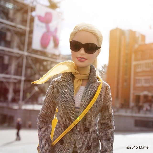 I asked @HelenaBordon for her museum must-visits in Paris and Centre Pompidou is at the top of her list! Loved seeing this season's new exhibtions.  #pfw #barbie #barbiestyle