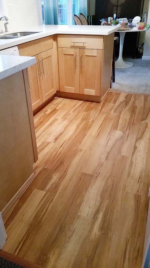 Lovely Smartcore Rustic Hickory - would not work in bedroom | Vinyl  XW65