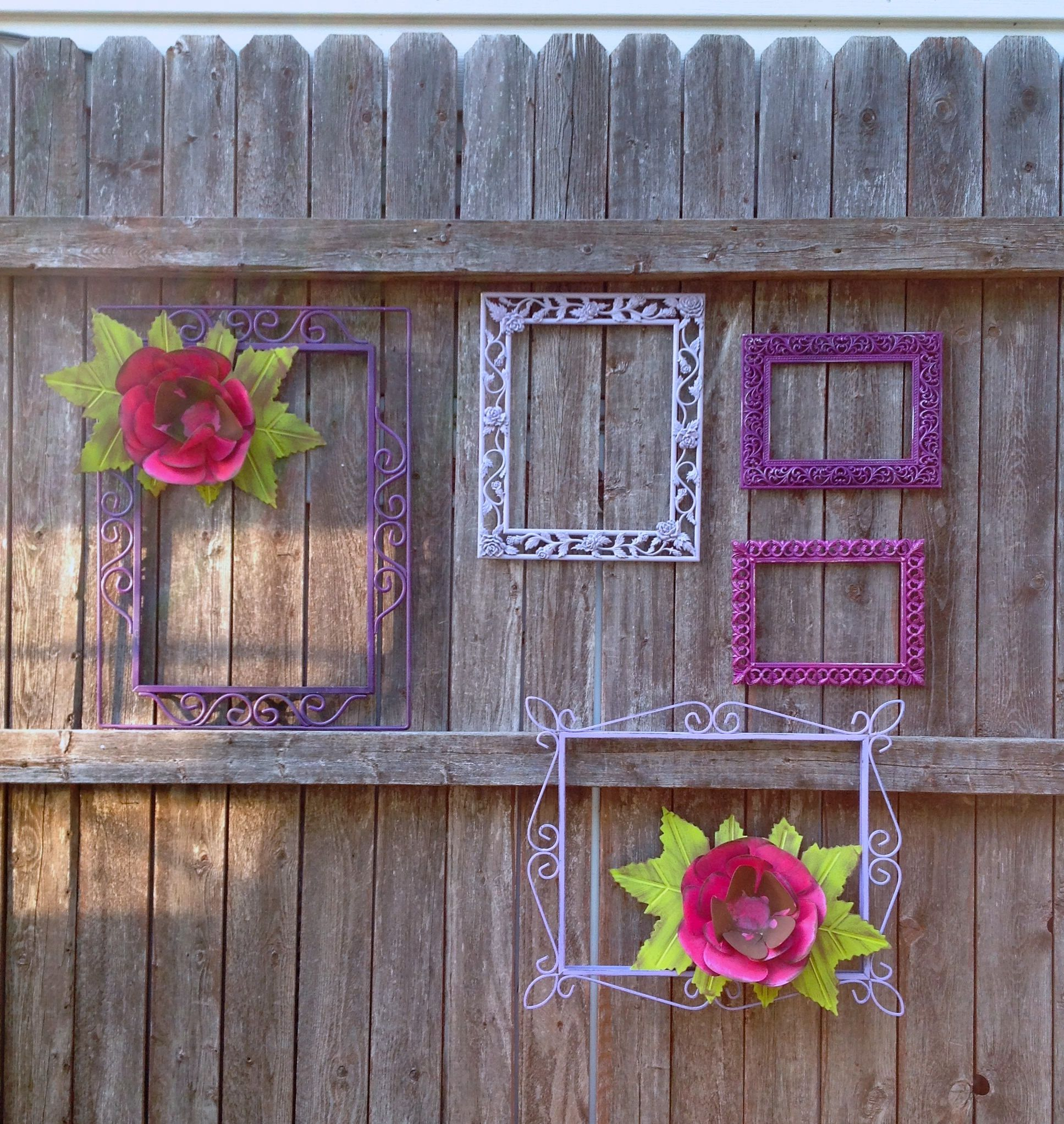 Metal Flowers & Frames Fence/Wall Decor - 7 Pc Unique ...