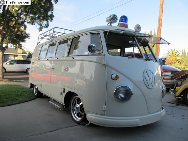 1958 type 2 Ambulance | VW's! love them forever <3