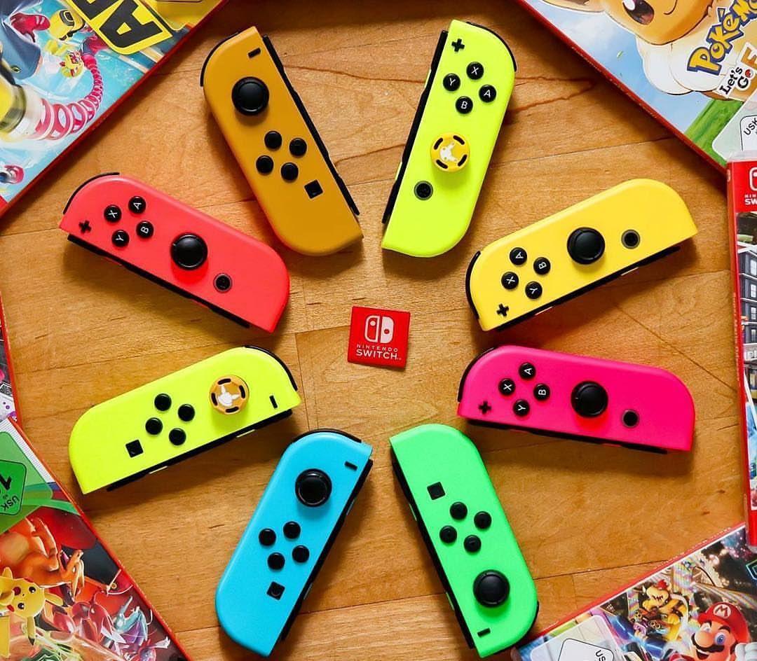 Un arcenciel de JoyCon pour des jeux hauts en couleur