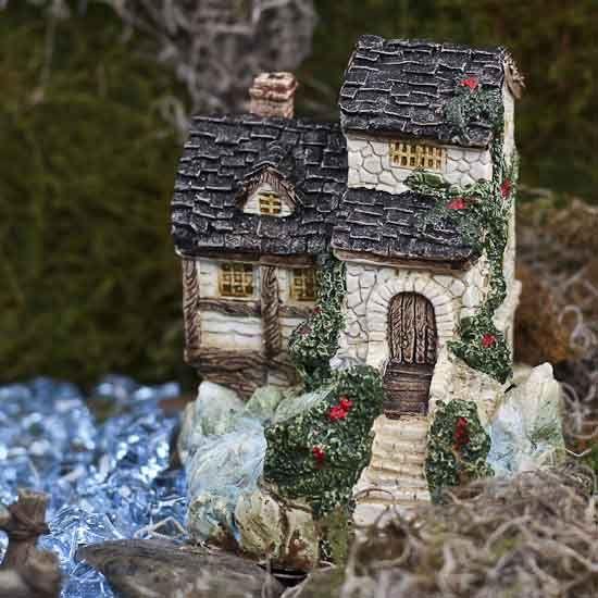 Miniature Cottage #fairygarden