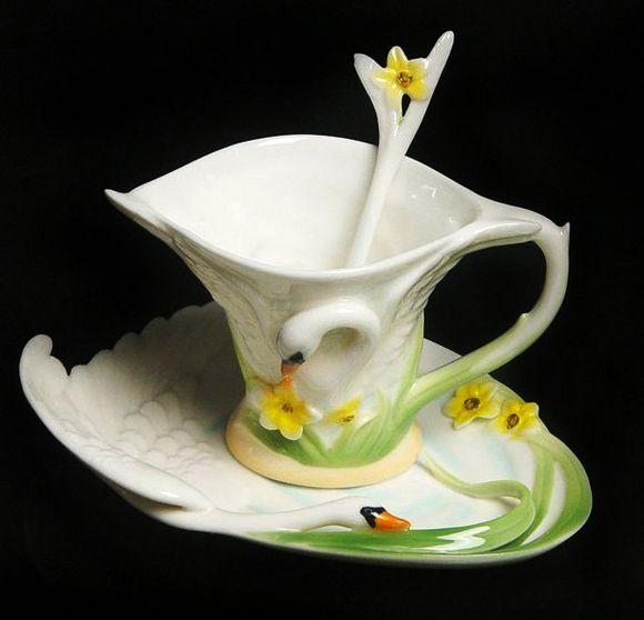 SWAN RELIEF COFFEE SET