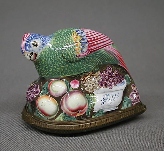 Enamel On Copper Bird Snuffbox By Bilston Sth Staffordshire England 1760 1761 Porcelain Animal Trinket Boxes Bottle Box