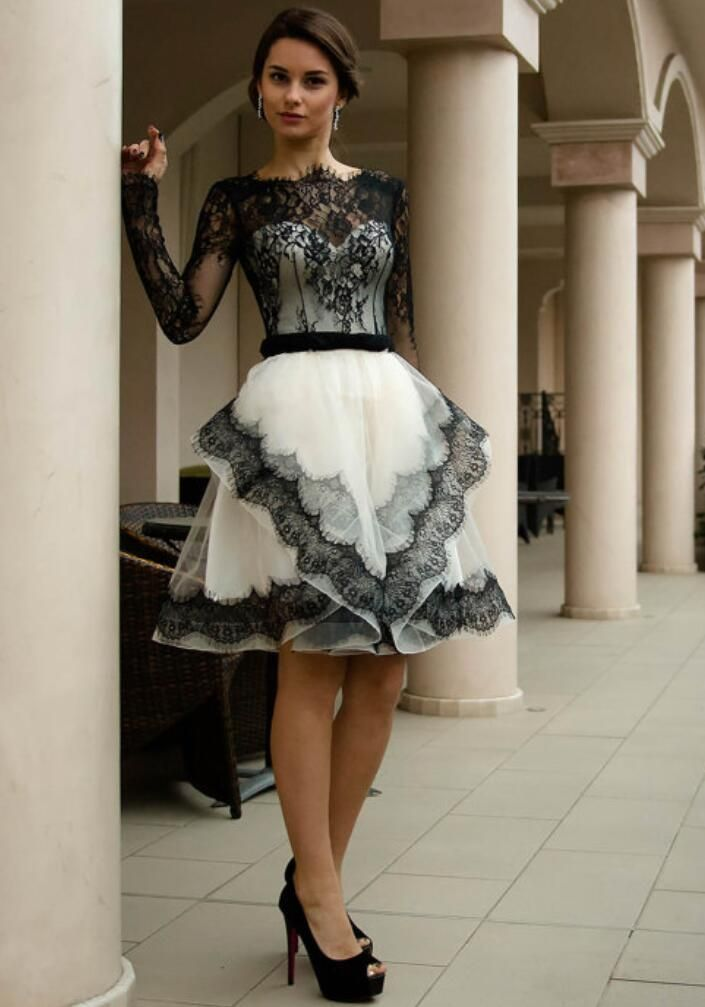 2016 New Gothic Black And White Long Sleeves Vintage Lace Short Wedding Dresses