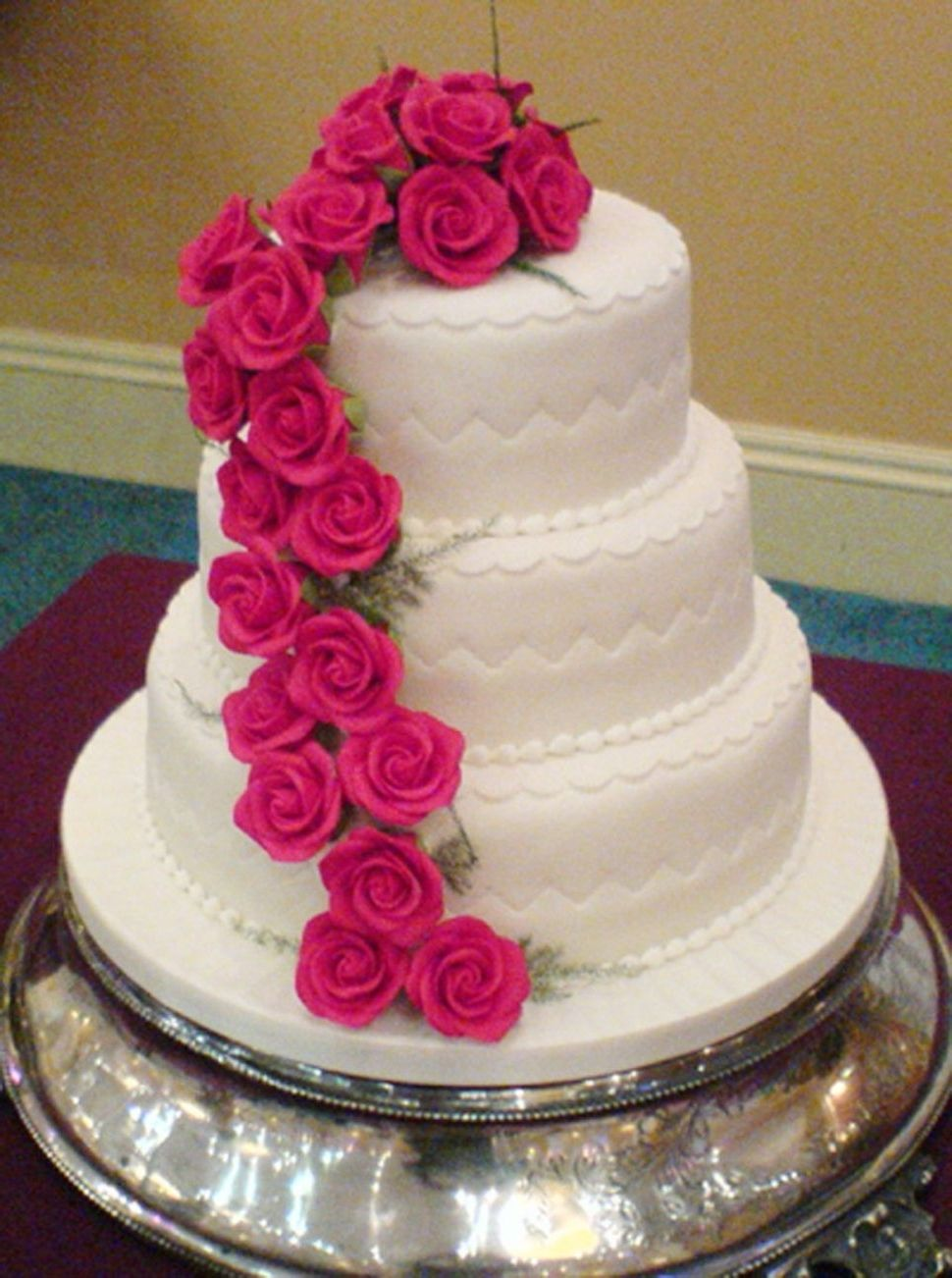 Wedding Cakes Perth Scotland Wedding cakes with flowers