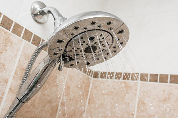 The Delta In2ition 58480 is a great choice if you need a hand shower, a drenching massage spray, and an easier installation than similar competing models.