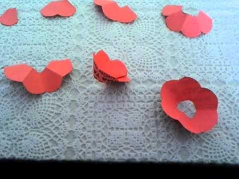 como hacer rosas de papel super facil - Hacer Rosas De Papel