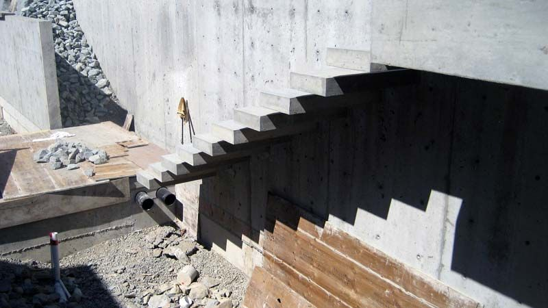 Best Exterior Concrete Cantilevered Stair Backview Detail 640 x 480