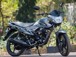 Suzuki Motorcycle Launches Bs Iv Compliant Let S And Hayate In