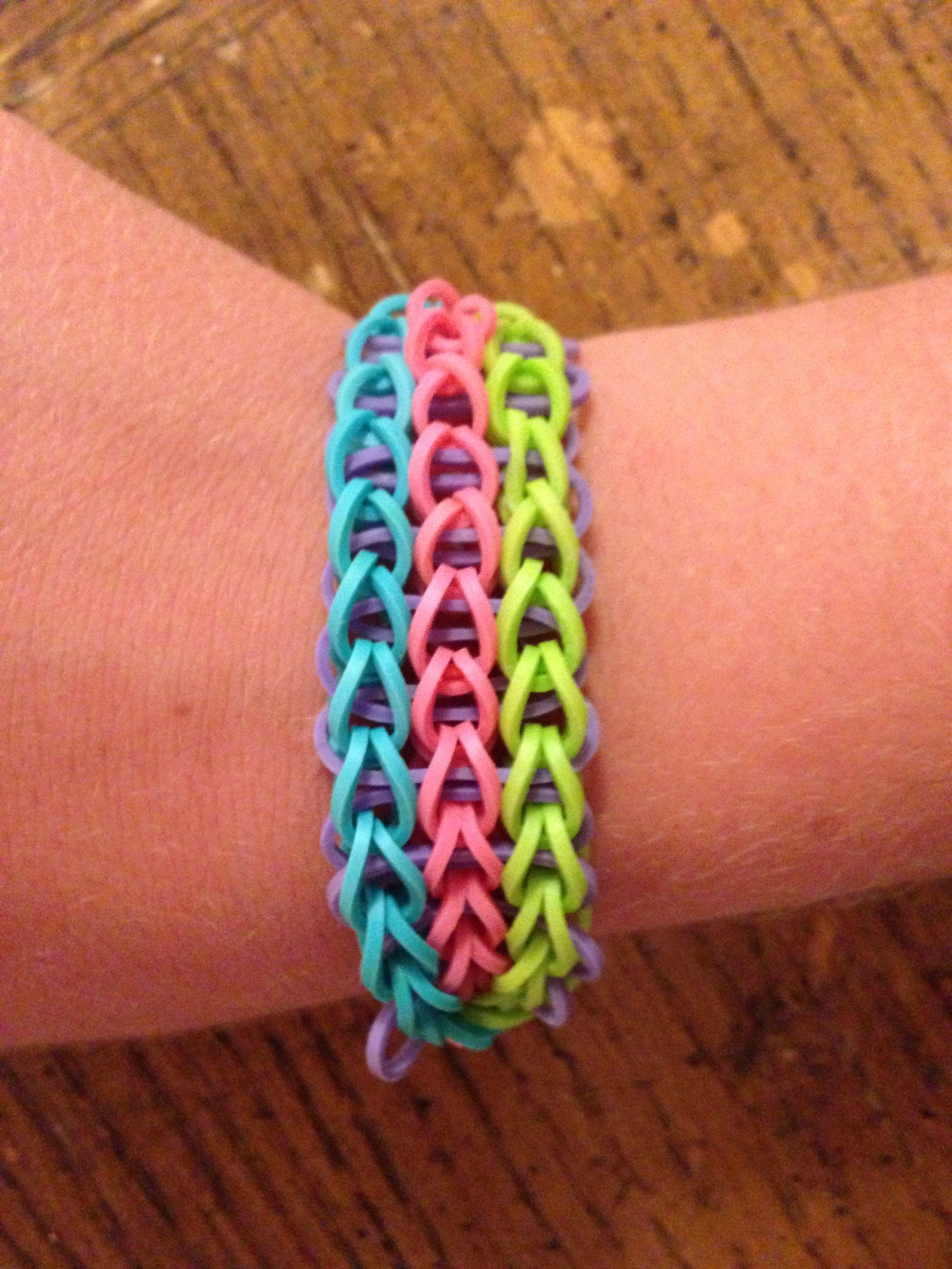 My triple single rainbow loom bracelet | Pulseras
