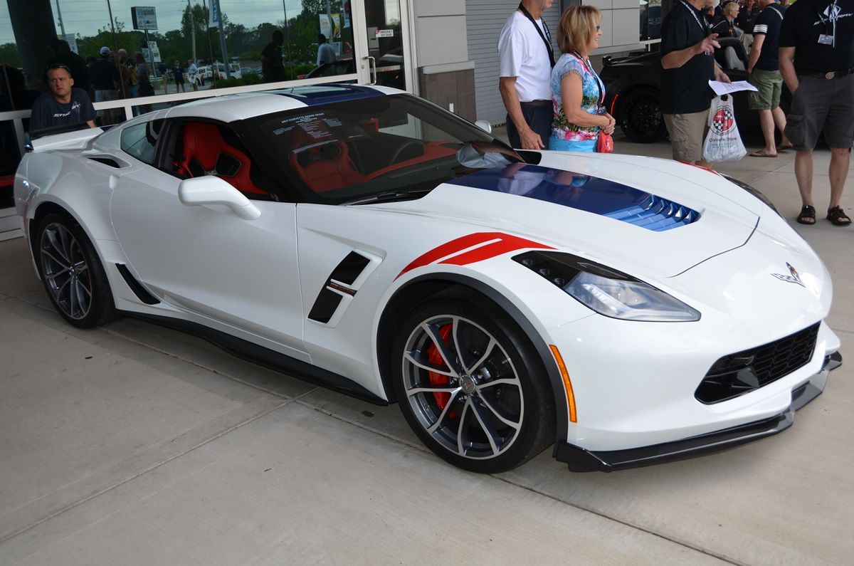 2017 Corvette Grand Sport Heritage Package Arctic White and