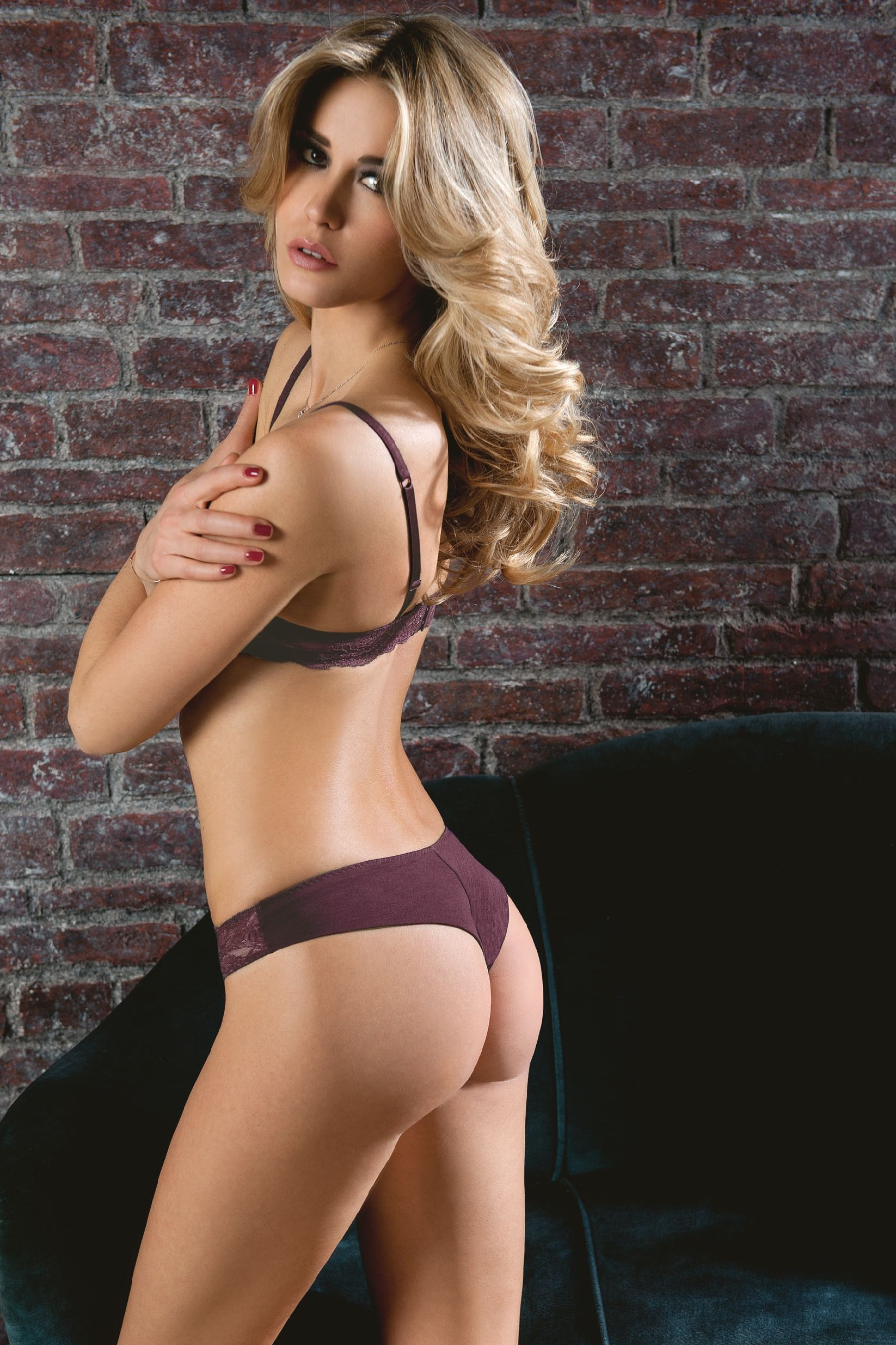 elena santarelli was born to wear lingerie | w elena | pinterest