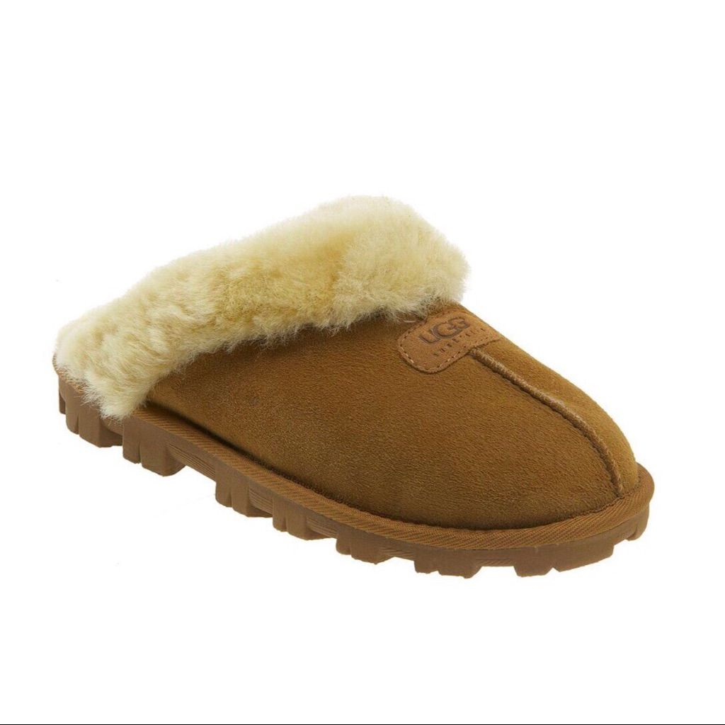 d818200a349 Ugg Slip On Fur Slides