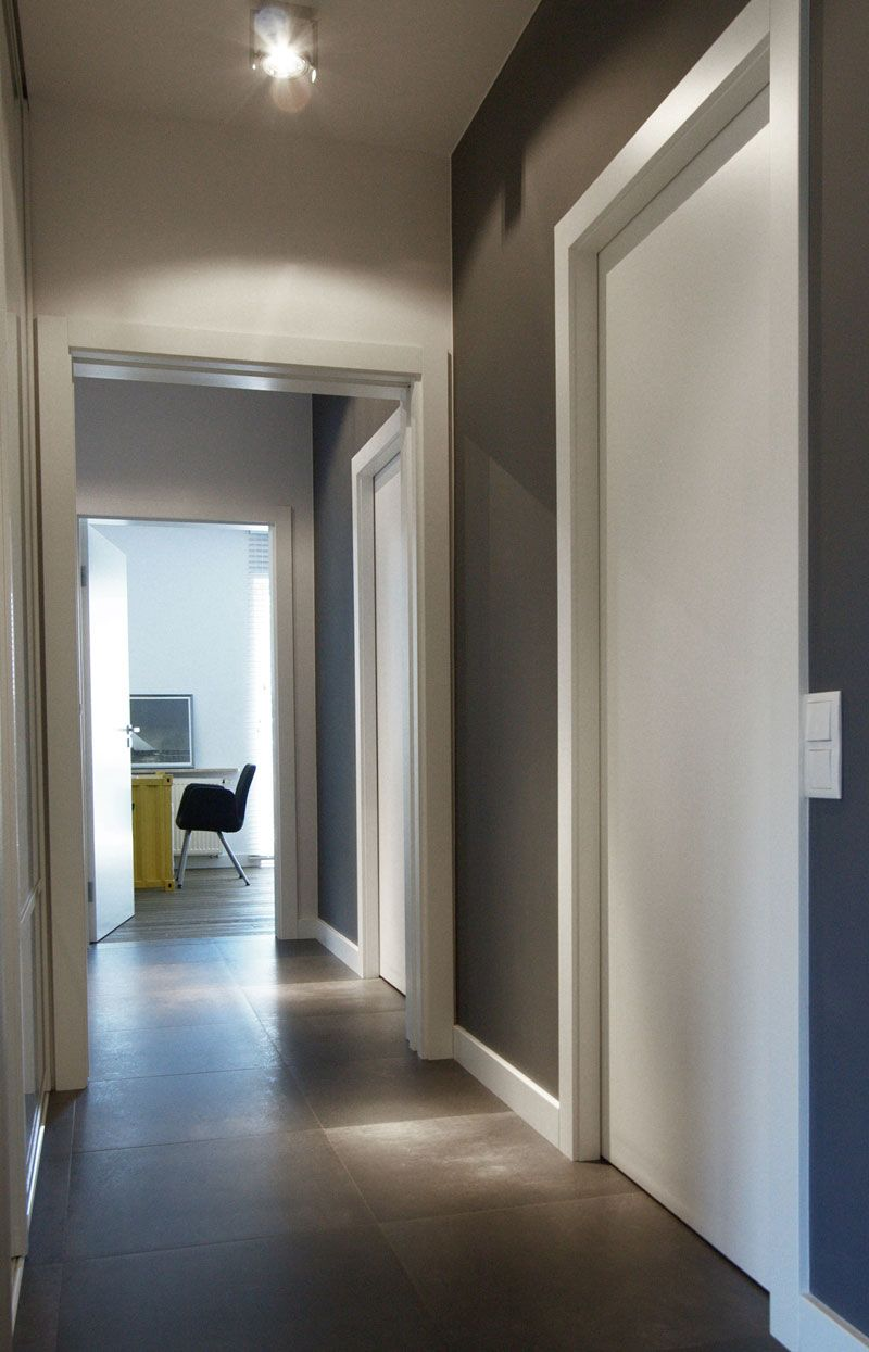 Gorgeous Apartment Design Interior with Industrial Scheme  Bright Narrow Corridor Office View