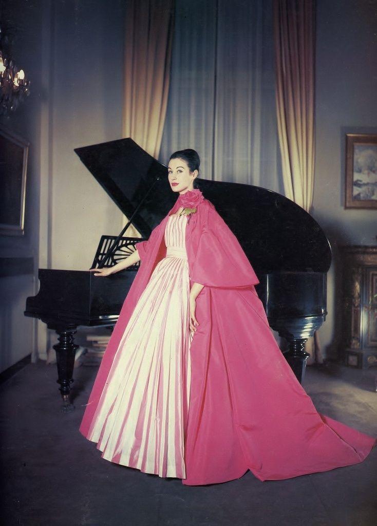 1959 - Yves Saint Laurent for Christian Dior \'Nuit à Trianon\' dress ...