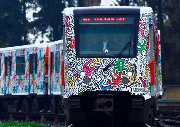 El metro de la Ciudad de México, una galería pop en movimiento
