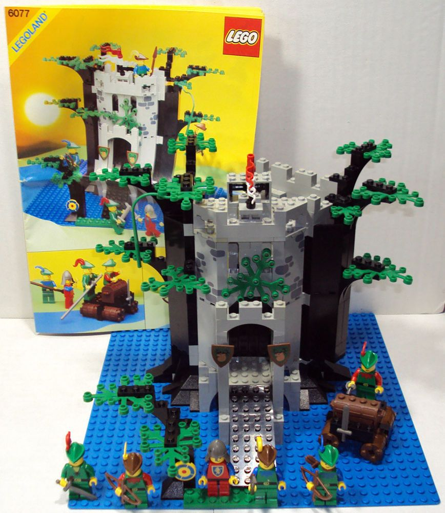 Lego Vintage Castle Forestmens River Fortress 6077 Complete With