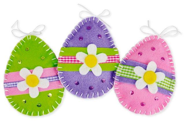 Tra le più belle e colorate decorazioni di Pasqua, quelle con il feltro  ricoprono un posto speciale! Ottimi lavoretti da fare con i bambini, sono anche semplici da realizzare con la collaborazione di mamme, papà, nonni e insegnanti.