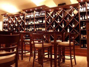 Arredamento Enoteca ~ Best arredamento esigo per enoteca esigo wine shop furniture