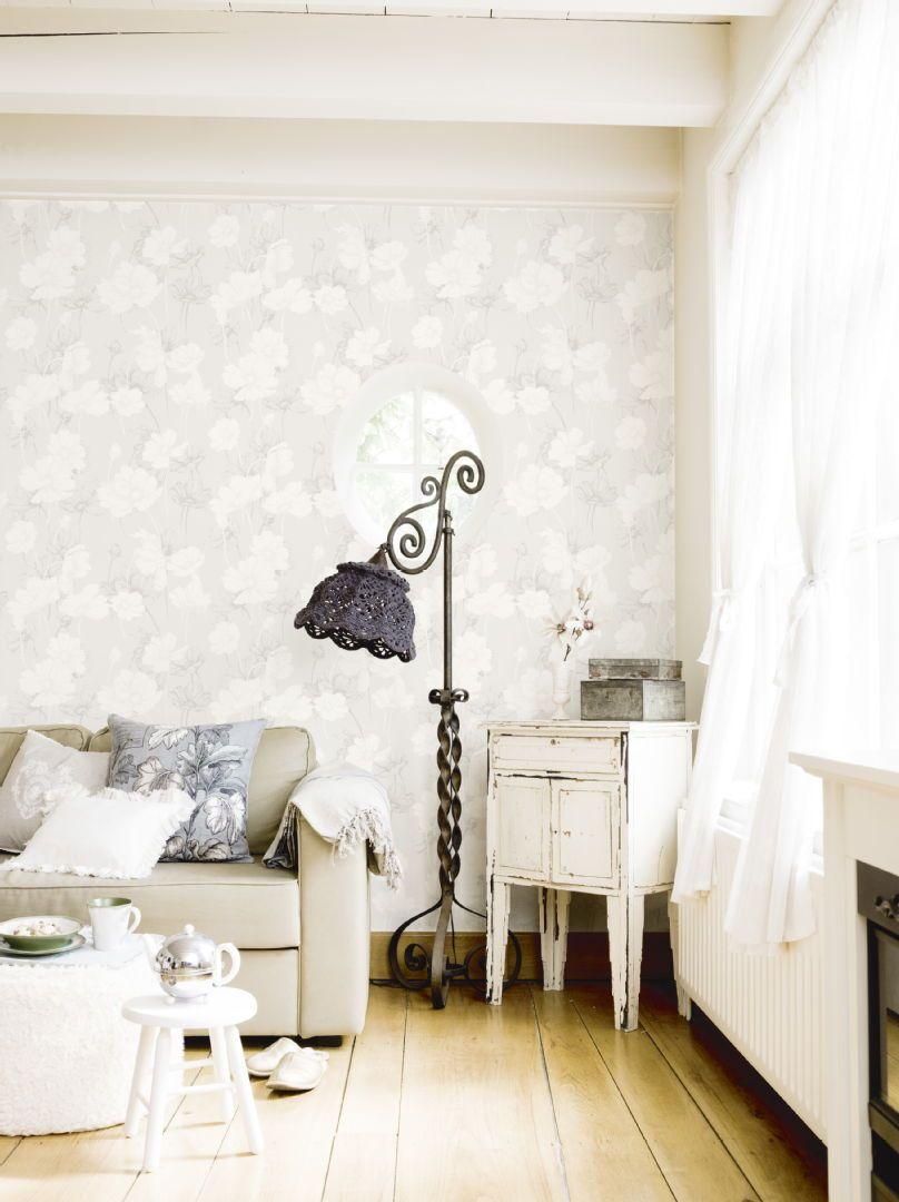 Samaa romattista tyyliä edustavat sisustuselementit luovat kotiin yhteneväisen kokonaisuuden. Katso kuva, niin näet tuotetiedot tarkemmin.