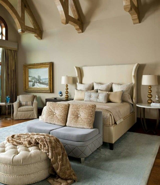 love the seat and ottoman that elongates the bed if room is generous