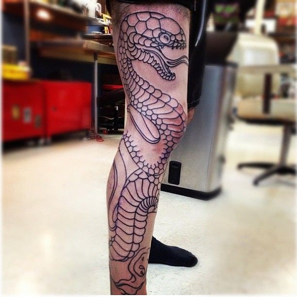 Traditional Japanese Snake Pictures Gallery Fonts On Leg Leg Tattoos Tattoos Leg Sleeve Tattoo