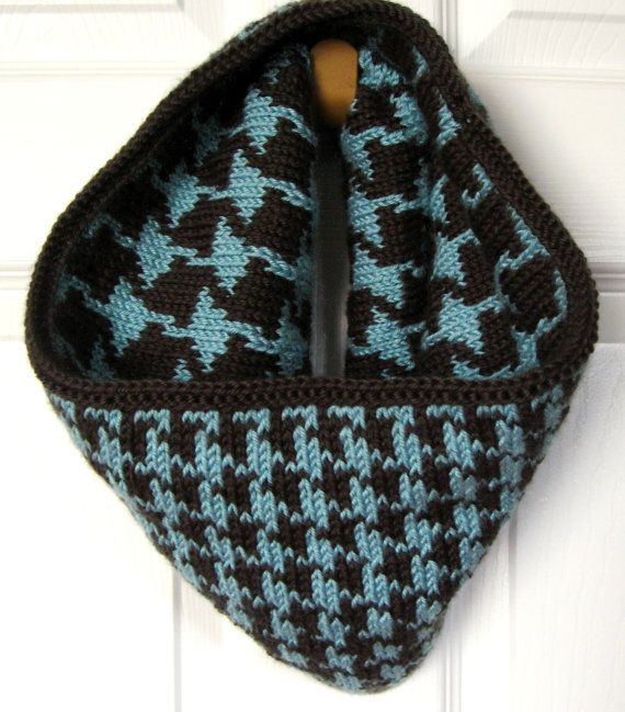Knitting Pattern for Reversible Houndstooth Cowl by kraftling, $4.00 ...