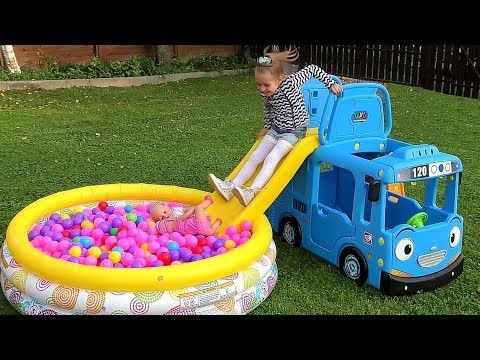 Wagon Ride With Peppa Pig And Masha The Wheels On The Bus Youtube