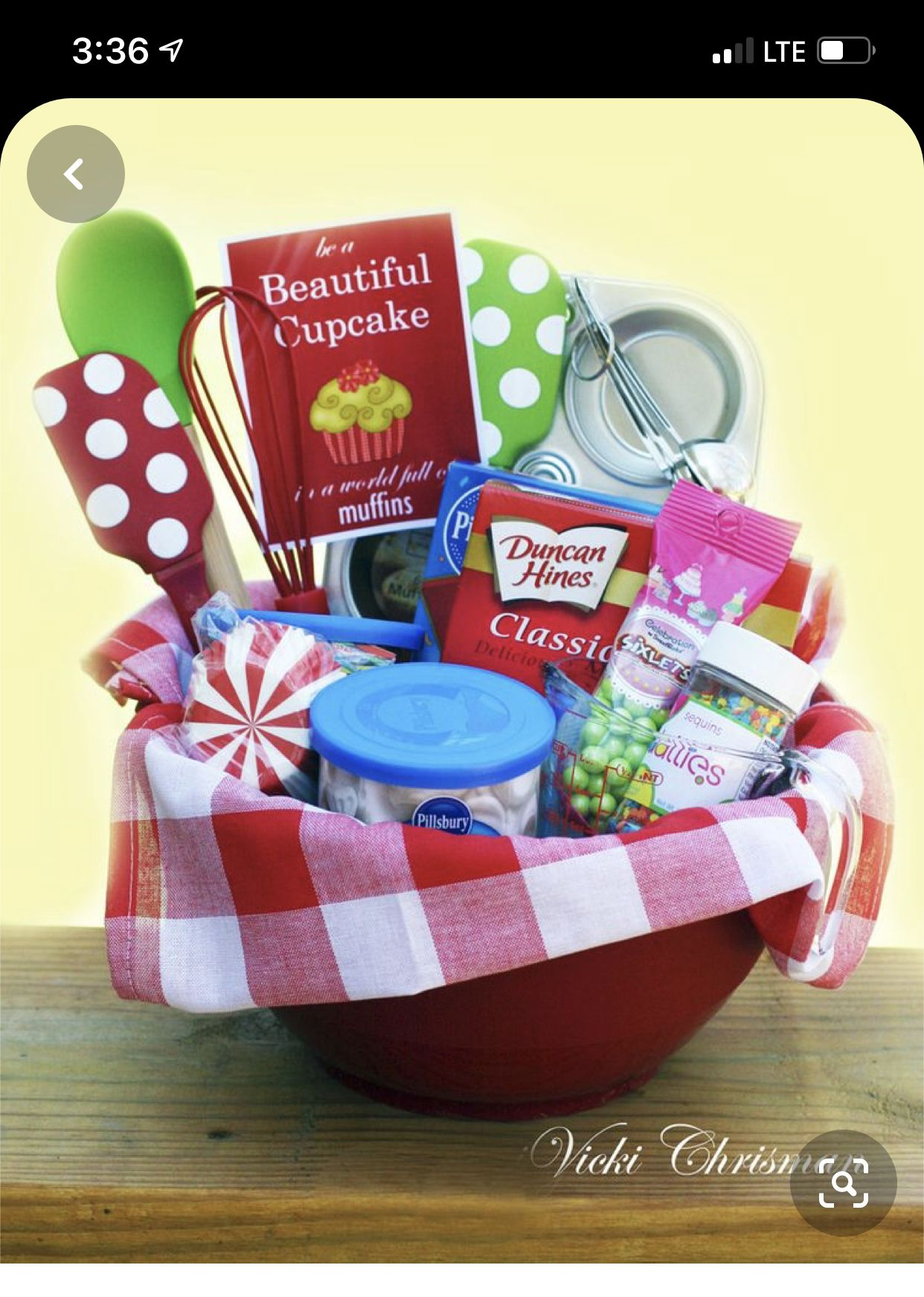 Pin By Issis Gil On Kita Ideen In 2020 Baking Gift Basket Fundraiser Baskets Perfect Gift Basket