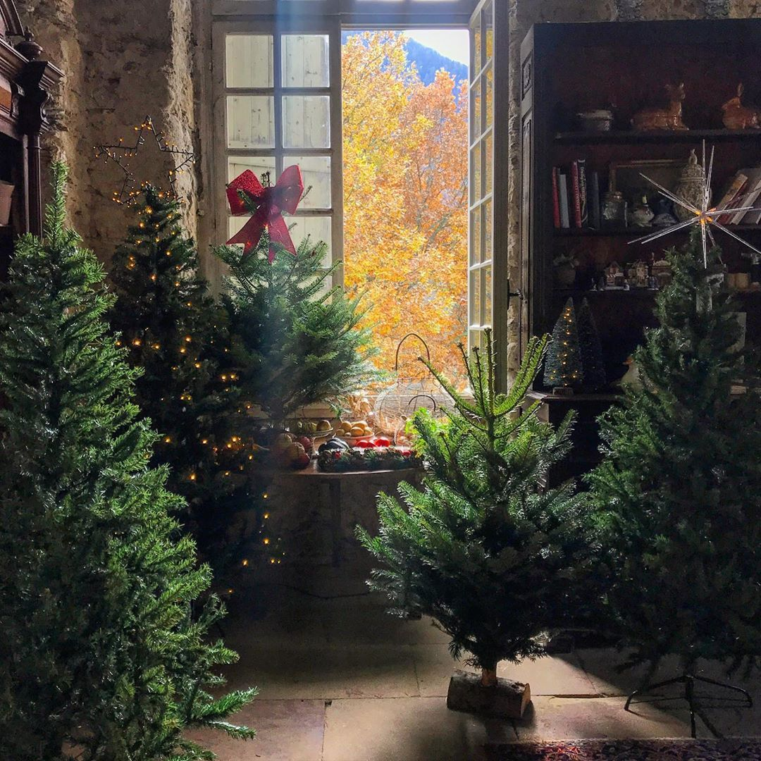 Chateau De Gudanes On Instagram It S Beginning To Look A Lot Like Christmas Everywhere You Go In The Cuisine Chateau De Gudanes One Tree Everywhere You Go