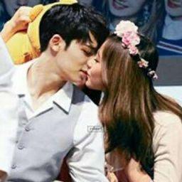 mintzu kiss Mingyu Seventeen, Woozi, Ulzzang Girl, Got7, Kdrama, Idol, Wattpad, Couple Photos, Couples