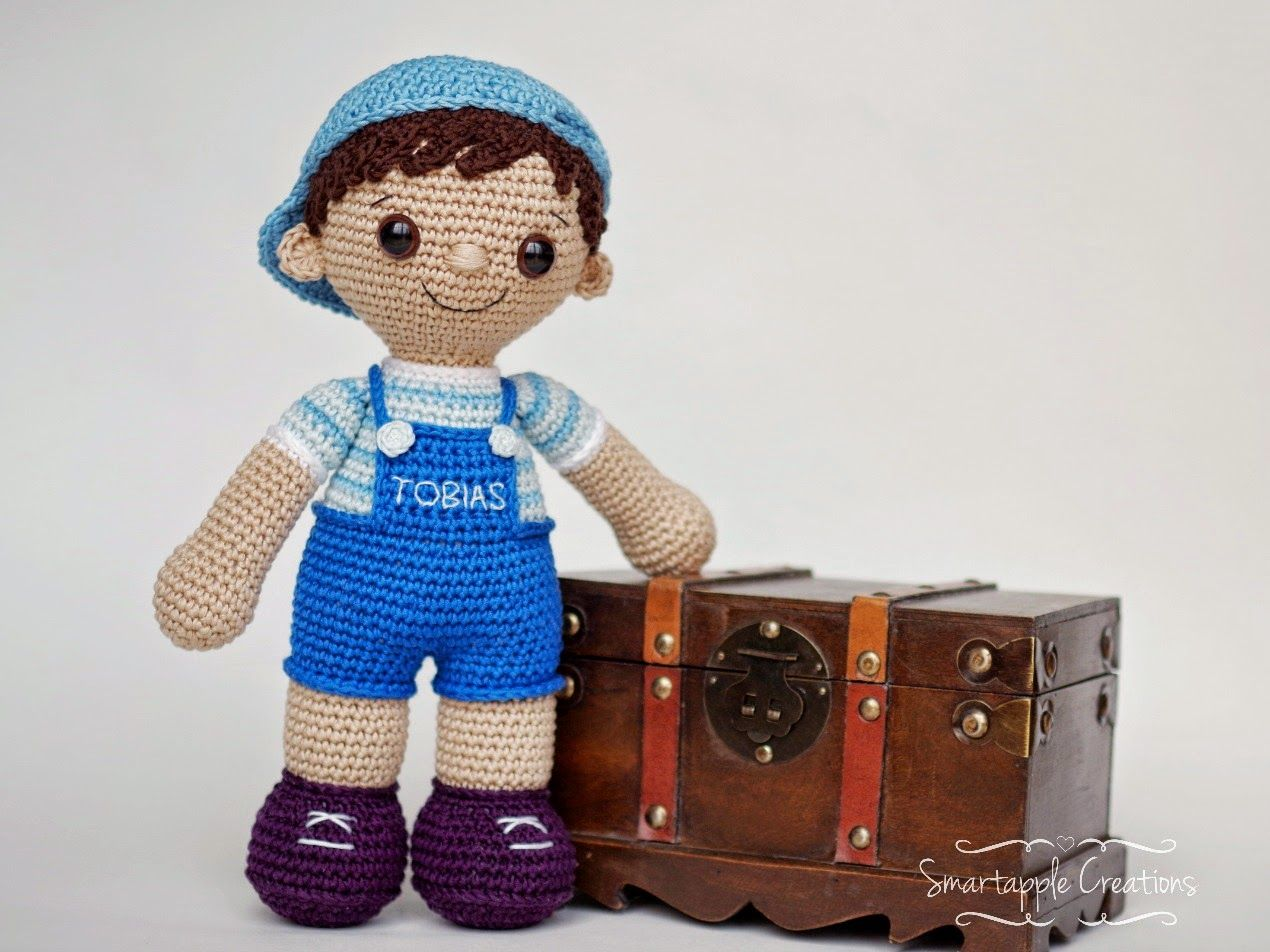 Amigurumi Dolls Free Patterns : Crochet doll in minnie mouse costume amigurumi today