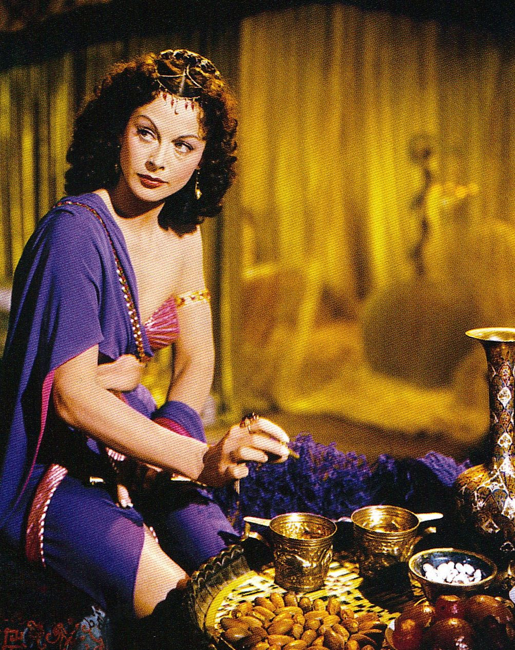 hedy lamarr in samson and delilah 1950 amazing clothes