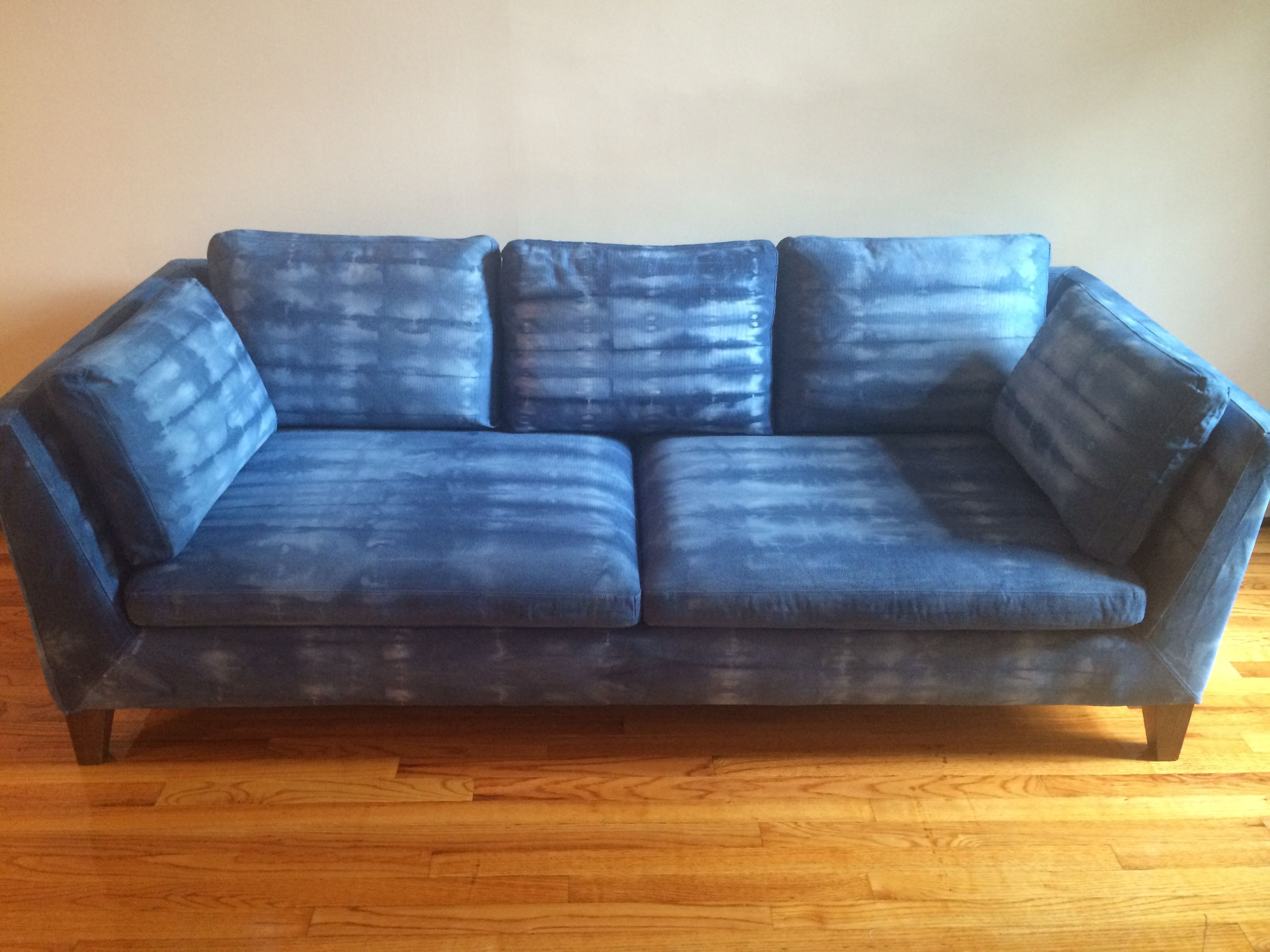 Dye Sofa Fabric How To Paint A Sofa With Fabric Spray You