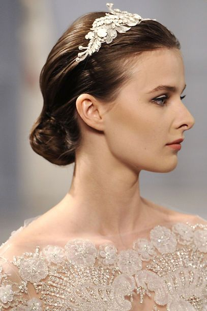 Voting in the wedding have it both looks into the Top 10 of the Month: For the next wedding hairstyle braided elements so opulent hair jew ..