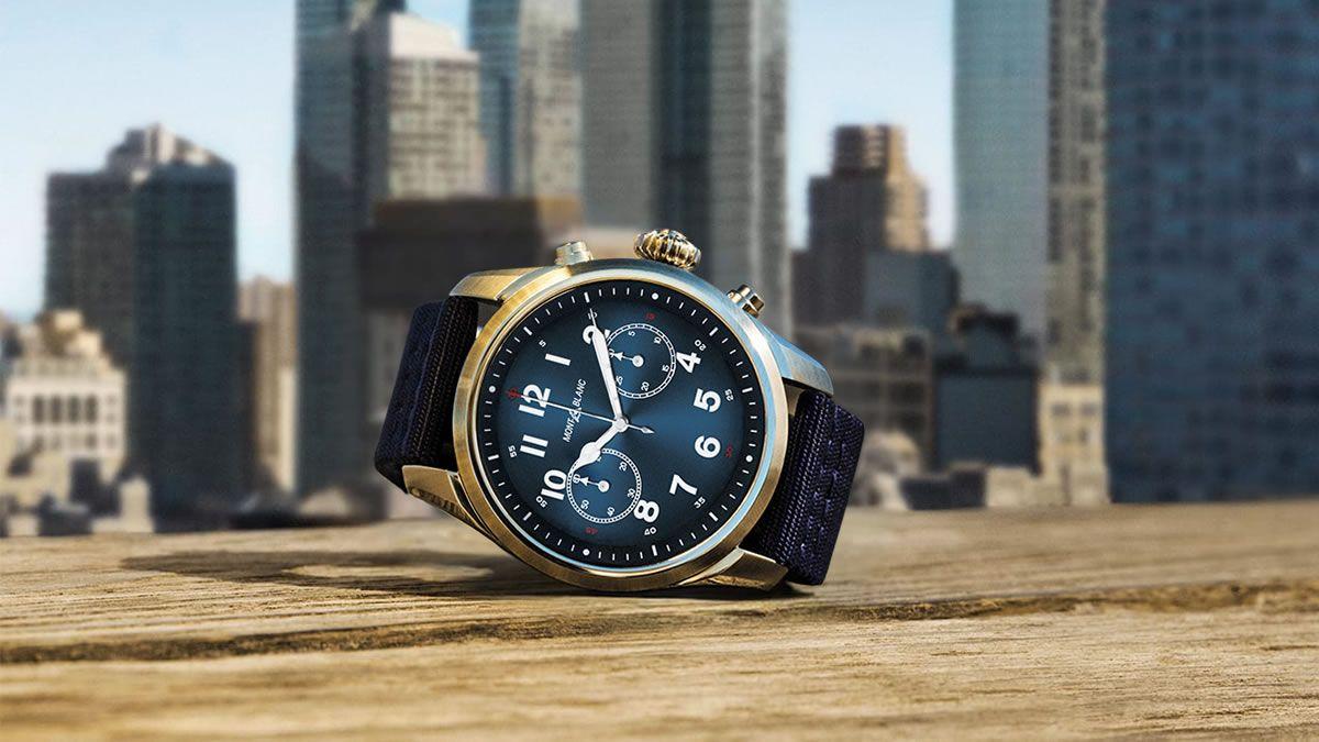 ساعة مونت بلانك سمارت ب 4999 درهم Montblanc Summit 2 Smartwatch مع عمر البطارية الطويل تعتبر ساعة مونت بلانك الذكية من أفضل الس Smart Watch Mont Blanc Reveal