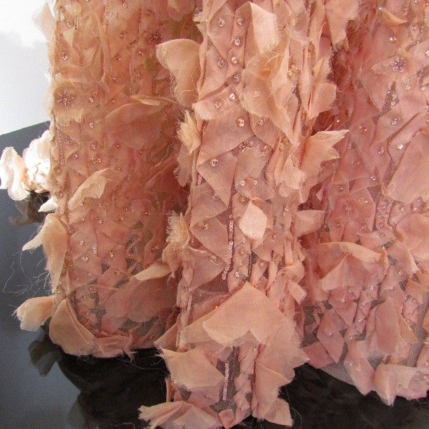voglia di #leggerezza... sulla pelle #instamood #instafashion #eliesaab #fashionincannes #hotelmartinez #pink #nofilter #summer #dresses #elegant