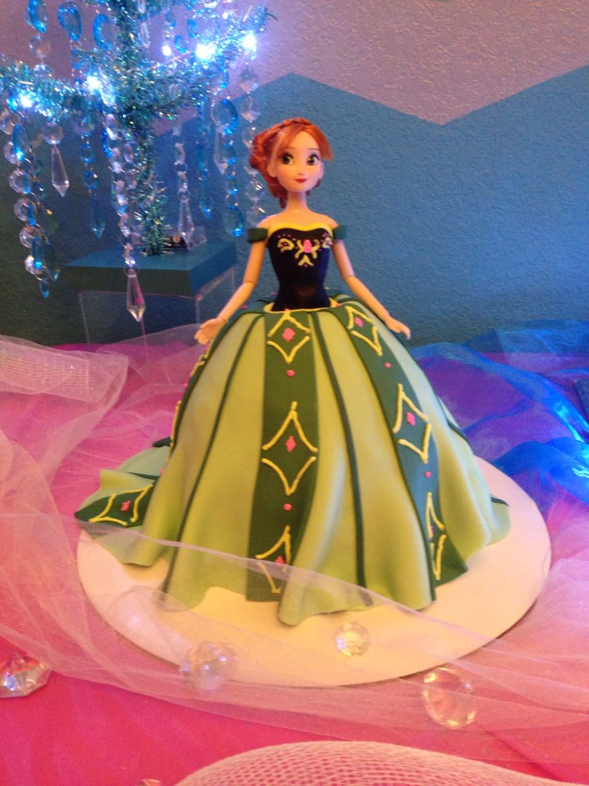 Ana cake with fondant dress frozen birthday fondant