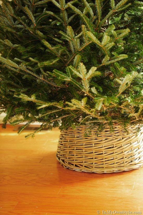 Christmas-Tree-Skirt-made-using-a-basket Christmas Ideas