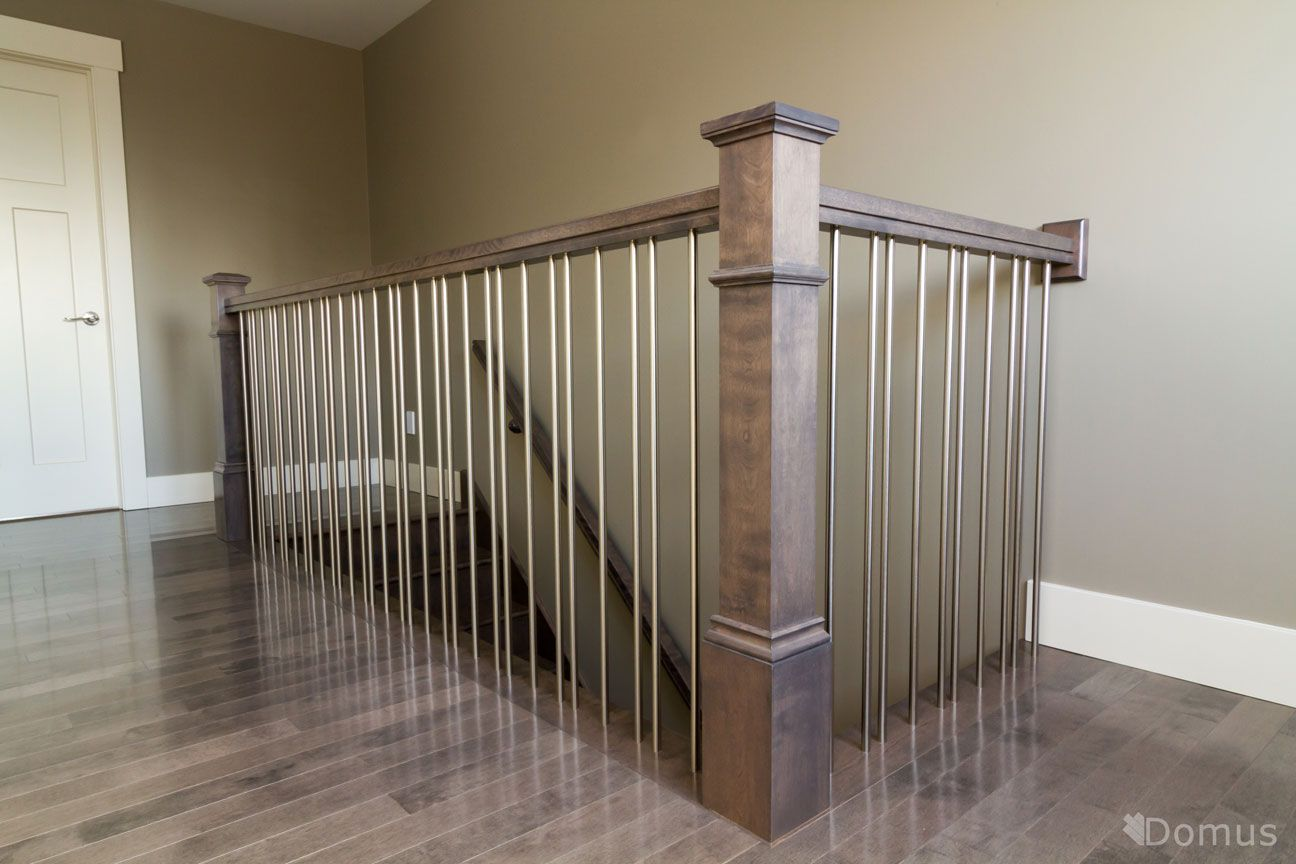 Best Staircase With Modern Stainless Steel Spindles 400 x 300