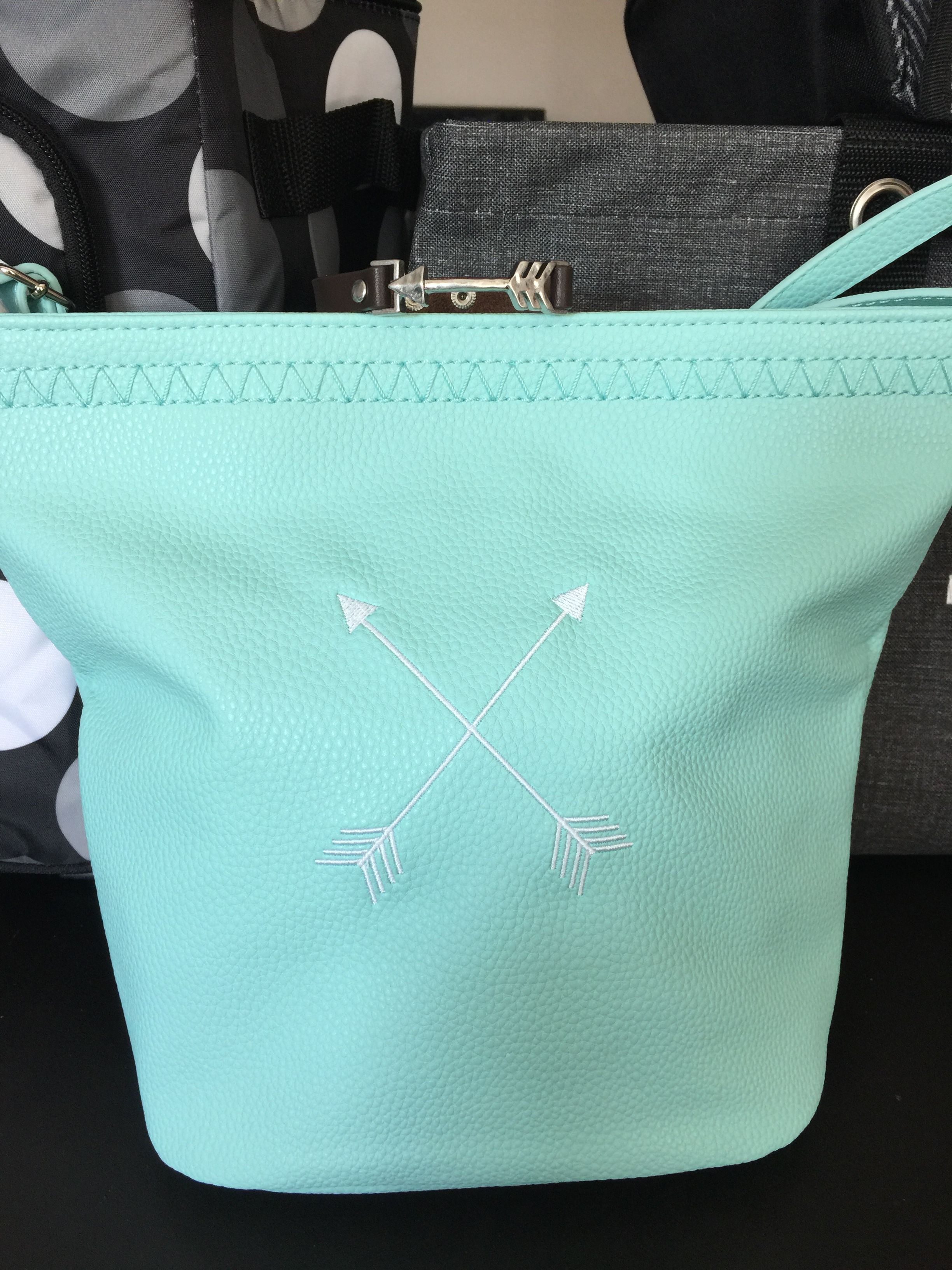 Love How It Can Take Your Look To A Whole New Level Skiesforyour Arrow Cafecrossbody Thirtyonegifts Thirtyone Jillsstylishsolutions