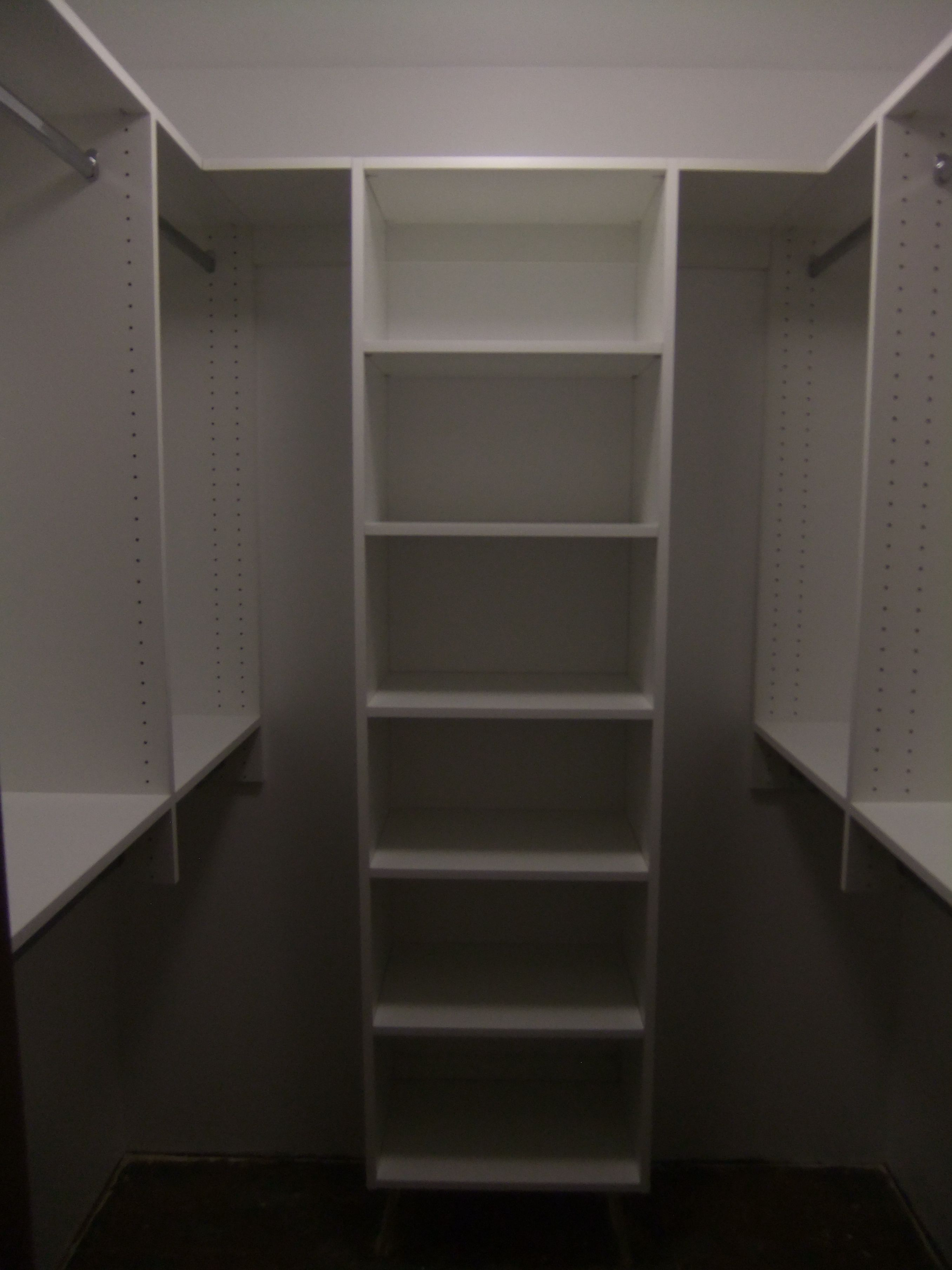 Walk In Closet   Basic Functionality W/shelves And Double Hanging