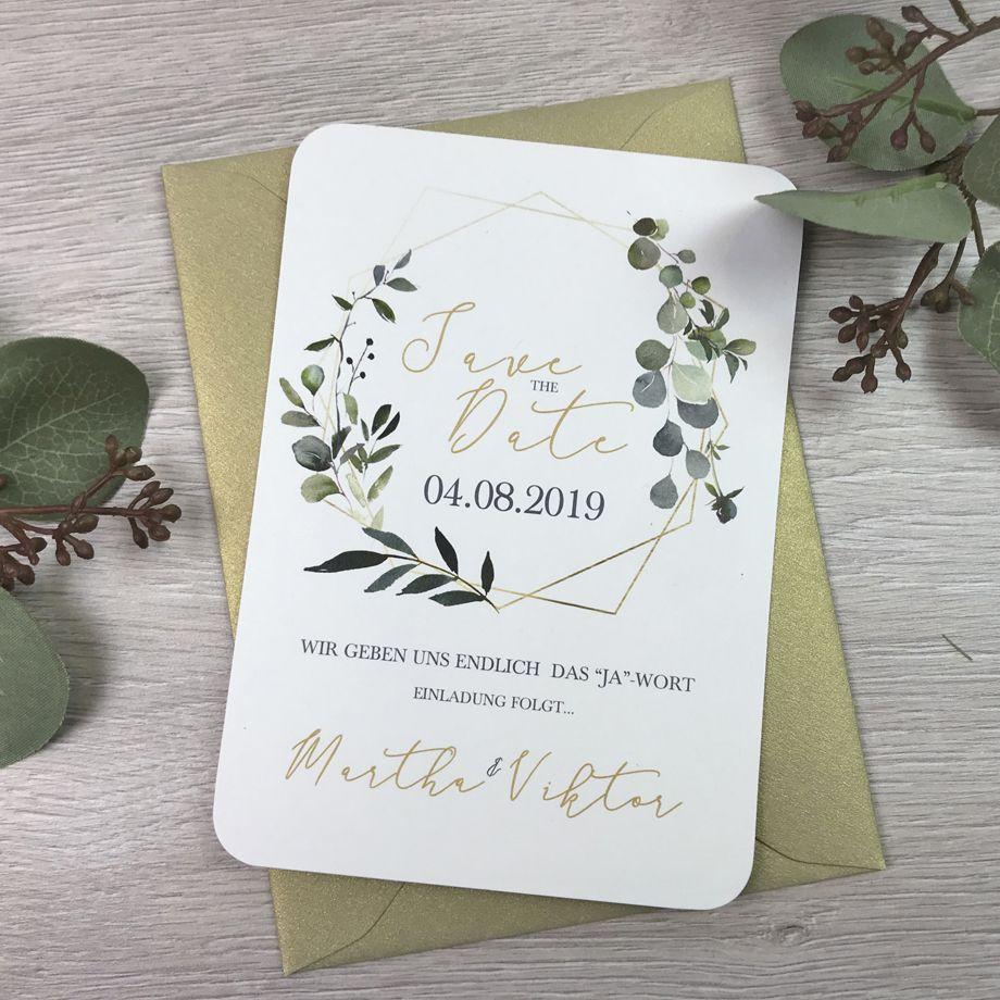 Save the date karte im bohostil kombination aus gold und