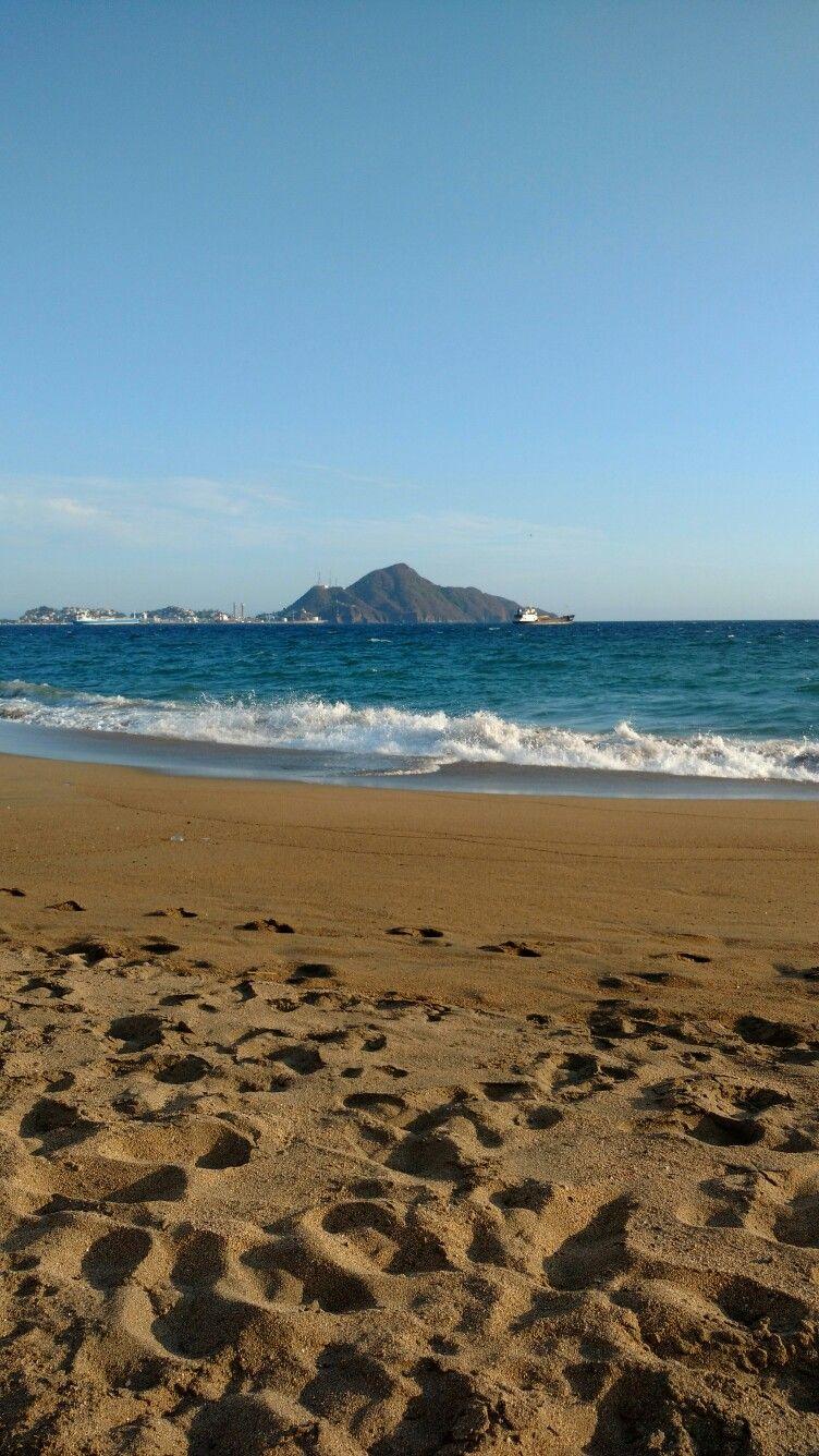 Tarde de playa, en Manzanillo, Colima